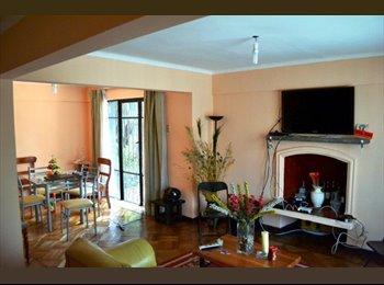 Rentas de habitaciones / Rents rooms