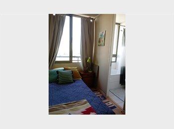 Arriendo pieza amoblada con baño en suite sector Plaza...