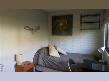 CompartoDepto CL - BEDROOM FOR STUDENTS - La Reina, Santiago de Chile - CH$ 0 por mes