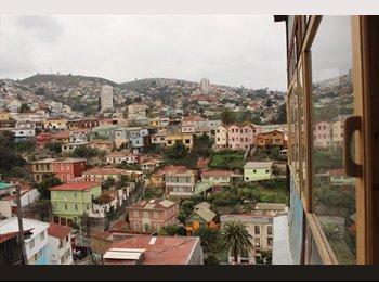 CompartoDepto CL - Habitaciones amplias en Cerro Yungay., Valparaíso - CH$ 155.000 por mes