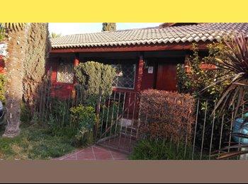 Arriendo Habitaciones amobladas en Santiago Centro.