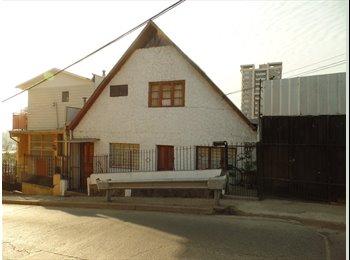 CompartoDepto CL - Pieza privada 4 cuadras del centro.  Private room four blocks from downtown, Valparaíso - CH$ 0 por mes