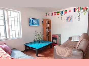 Casa Metro Los Dominicos con Piscina