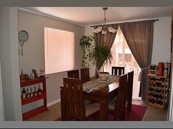 CompartoDepto CL - Arriendo habitación para 1 persona (Puente Alto), La Florida - CH$ 150.000 por mes