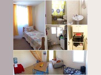 Habitación Individual + Estacionamiento
