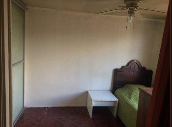 Dormitorio amplio con baño 135.000