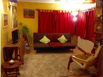 Las Condes, cómoda pieza, excelente ubicación.