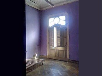 Arriendo Habitaciones en el centro de Valparaíso frente al...
