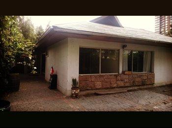 Habitación en hermosa casa de Las Condes
