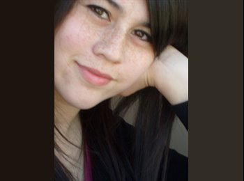 Claudia - 29 - Profesional