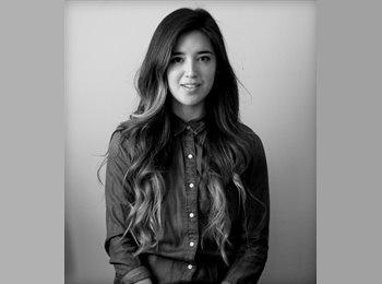 Paula - 28 - Profesional