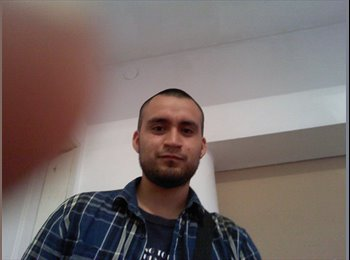 Iván  - 23 - Estudiante