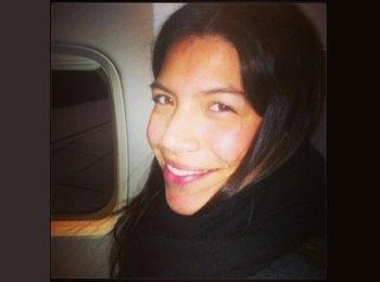 Andrea  - 25 - Estudiante