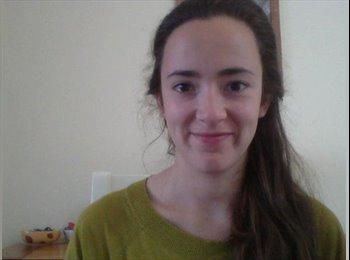 Eleanor - 22 - Estudiante