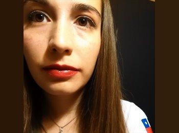 Paola  - 23 - Estudiante