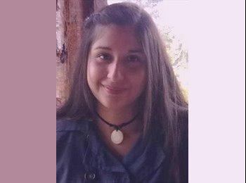 Francisca - 20 - Estudiante