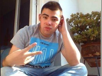 Diego  - 18 - Estudiante