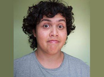 Javier - 19 - Estudiante