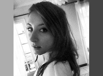 Lola - 21 - Estudiante