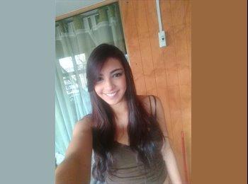Sara   - 22 - Estudiante