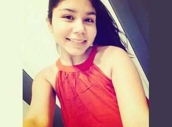 Priscilla Parada - 18 - Estudiante