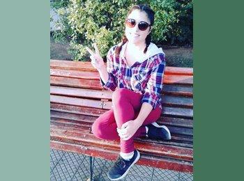 Andrea - 22 - Estudiante