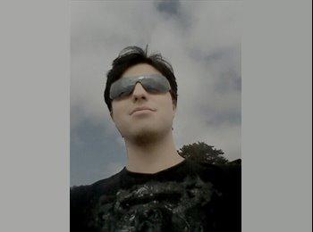 Patricio Oyarzún  - 23 - Estudiante