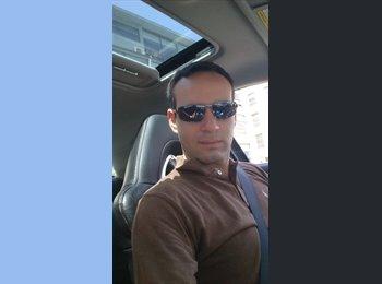 Alejandro  - 32 - Profesional