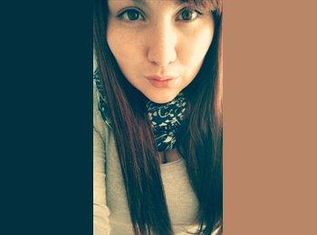 Ivania - 21 - Estudiante