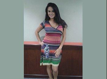 Krishnamayi Herrera  - 24 - Profesional