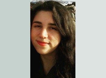 Marcela - 20 - Estudiante