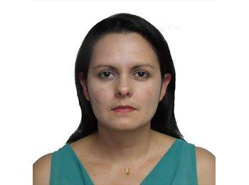 Maria Ines Leon - 39 - Profesional