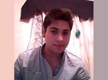 Gustavo - 21 - Estudiante