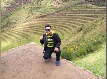 Rodrigo Araneda  - 32 - Estudiante