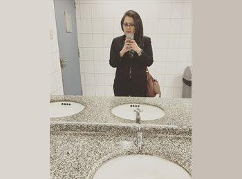 Nicole Henríquez - 26 - Profesional