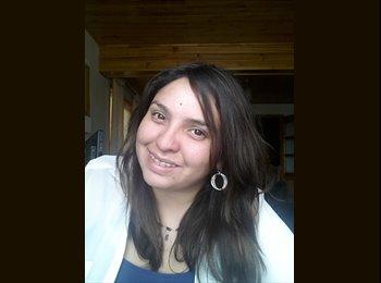 Ruth Vargas - 26 - Profesional
