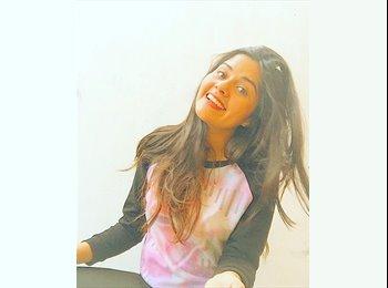 Celeste Jara bustamant - 18 - Estudiante