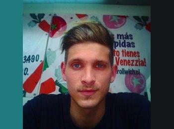 Eduardo - 23 - Estudiante
