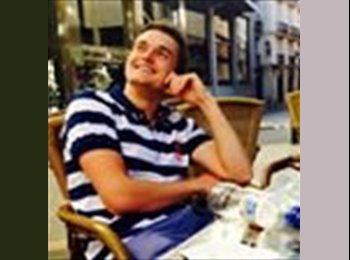 Romain - 23 - Estudiante