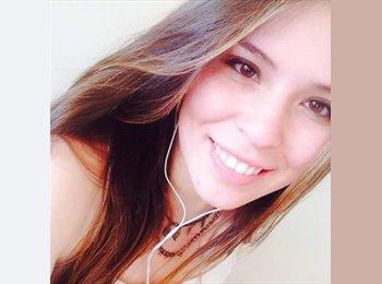 Camila - 19 - Estudiante