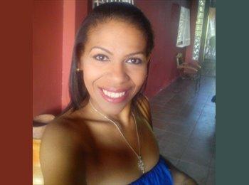 Elyana Gonzalez - 31 - Profesional
