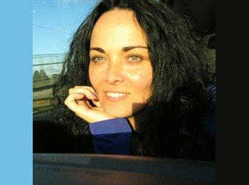 Marcela Sánchez - 48 - Profesional