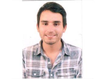Nicolas  - 26 - Profesional