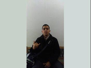 Enrique Torres - 21 - Estudiante