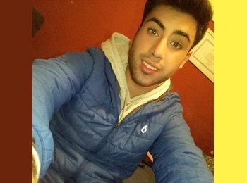Esteban - 19 - Estudiante