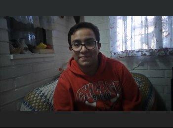 Francisco Martinez  - 20 - Estudiante