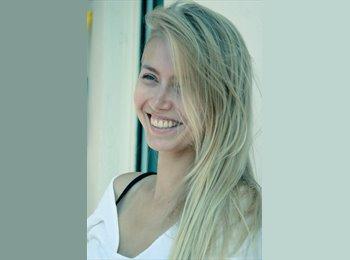 Elizaveta - 29 - Profesional