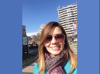 Adriana  - 34 - Profesional