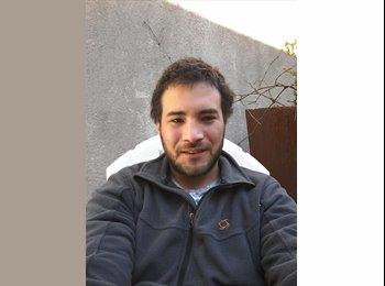 Diego del Fierro - 29 - Estudiante