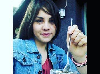 Karen Orrego - 26 - Profesional